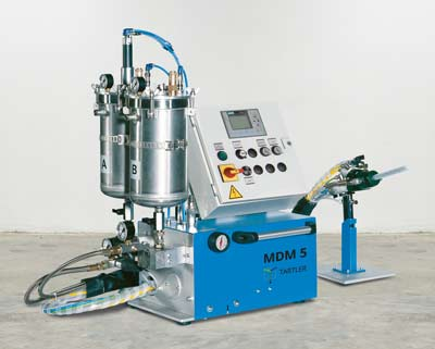 MDM 5 - table top device for processing liquid resins