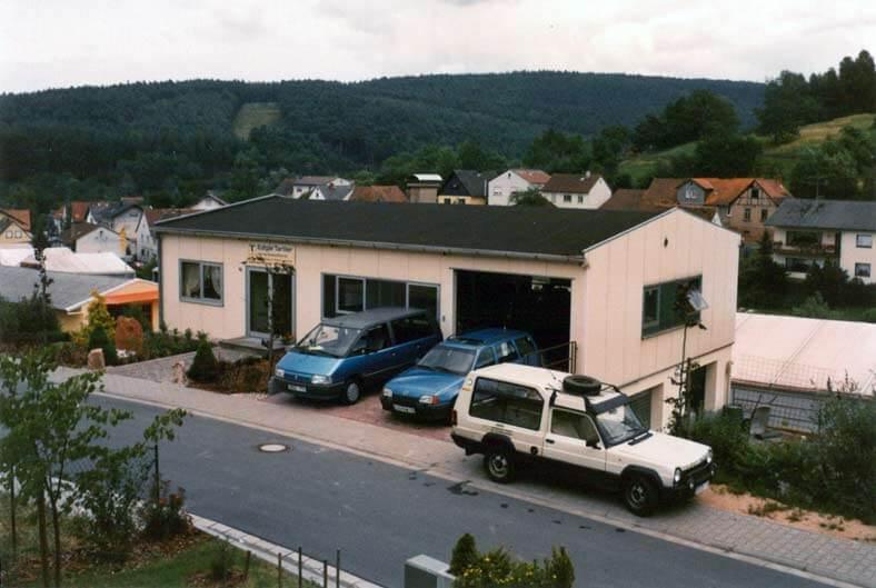 Neue Fertigungshalle in Haingrund
